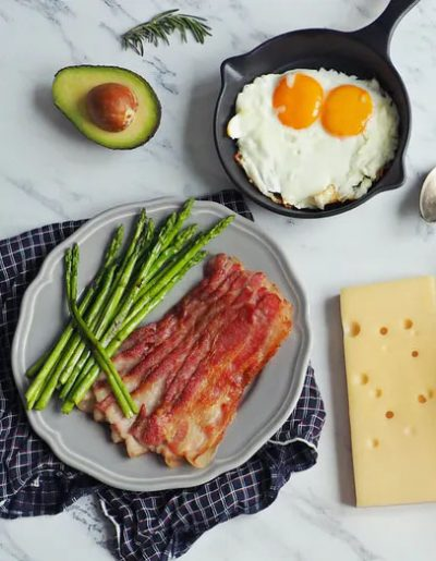 bacon eggs avo